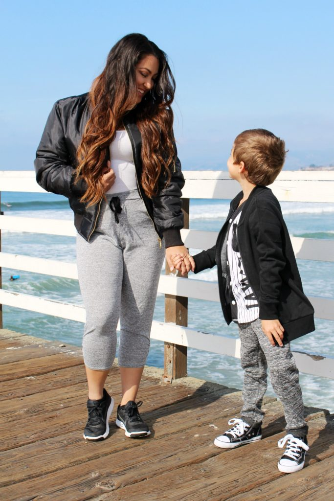 casual-mommy-son-style